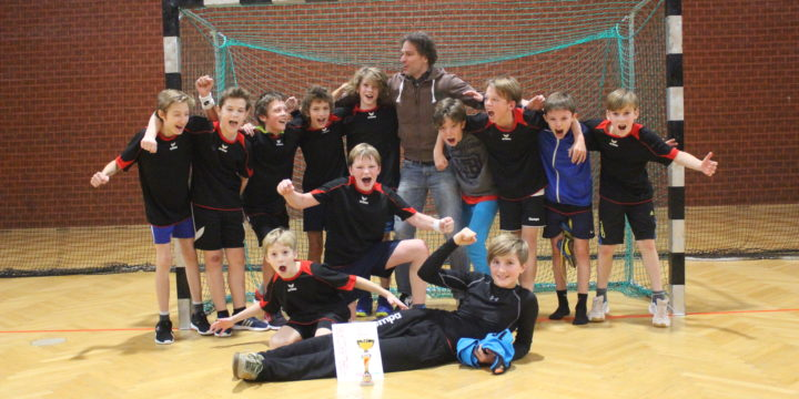 Wr. Meister im Handball der 1/2 Klassen mit Vereinsspielern