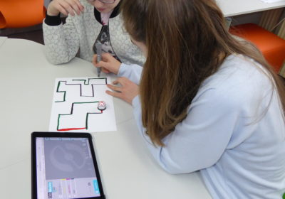 Besuch der 3C im EIS – Workshop Robotics