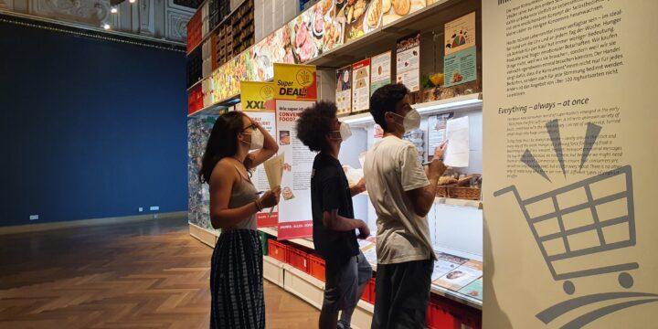 """""""Ablaufdatum"""" – Besuch einer beeindruckenden Ausstellung zum Thema Lebensmittelabfälle"""